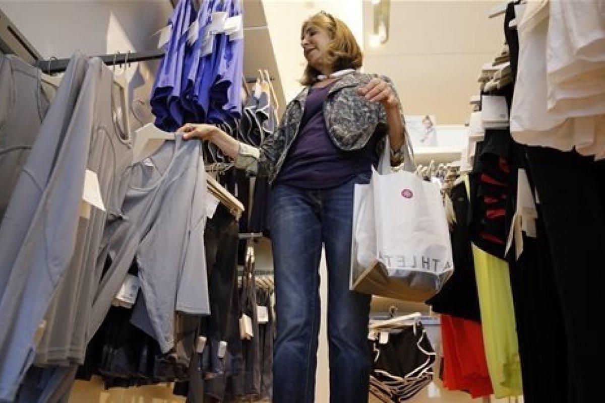 Las ventas en tiendas de ropa y accesorios lograron un incremento de 0.8%.