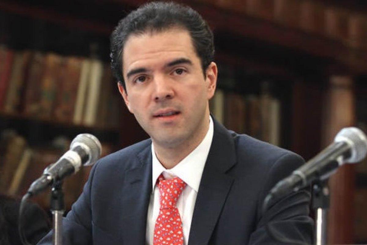 Revilla sostiene que pese a los problemas de distintos indicadores, se puede confiar en la credibilidad e independencia del INEGI.