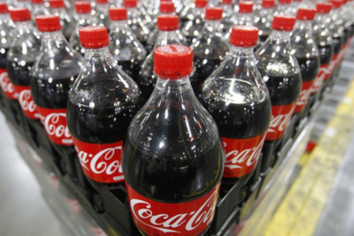 Coca-Cola FEMSA también registró una pérdida de 4.6% en sus utilidades durante el periodo abril-junio.