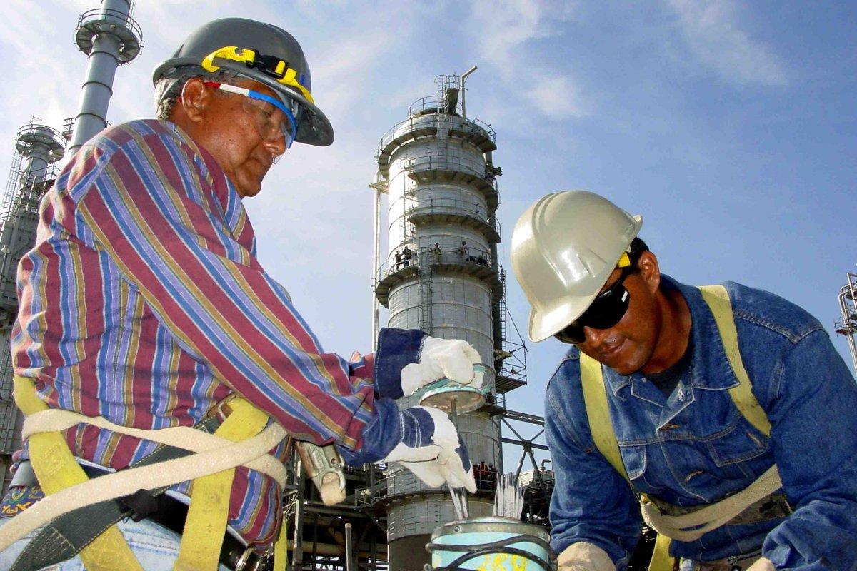 El convenio entre STPRM y Pemex excluyó al sistema de pensiones a la espera de la promulgación de las leyes secundarias en materia energética.