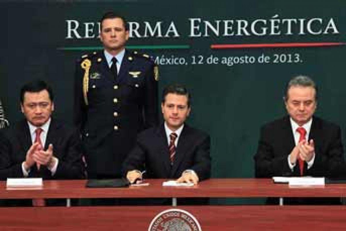 El gobierno de Peña Nieto obtuvo una desaprobación del 60% por los líderes encuestados.