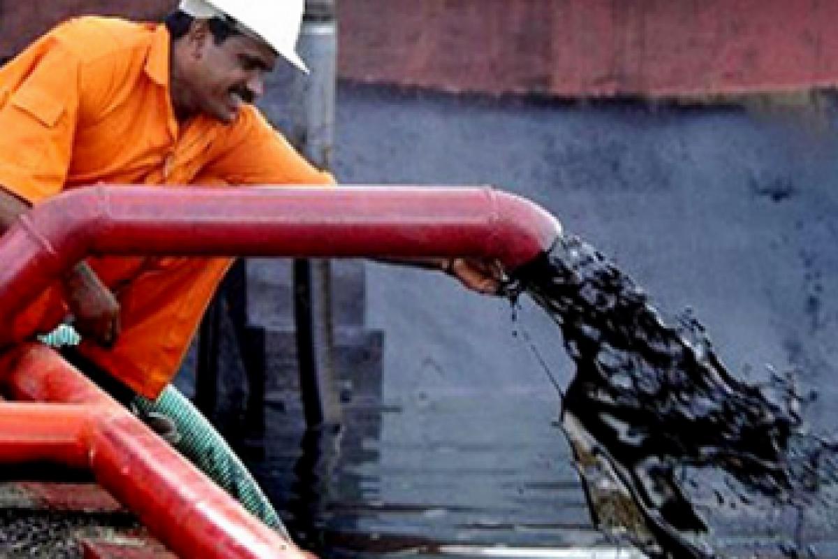 Pemex se encuentra en negociaciones con empresas estadounidenses para concretar la importación de petróleo crudo ligero.