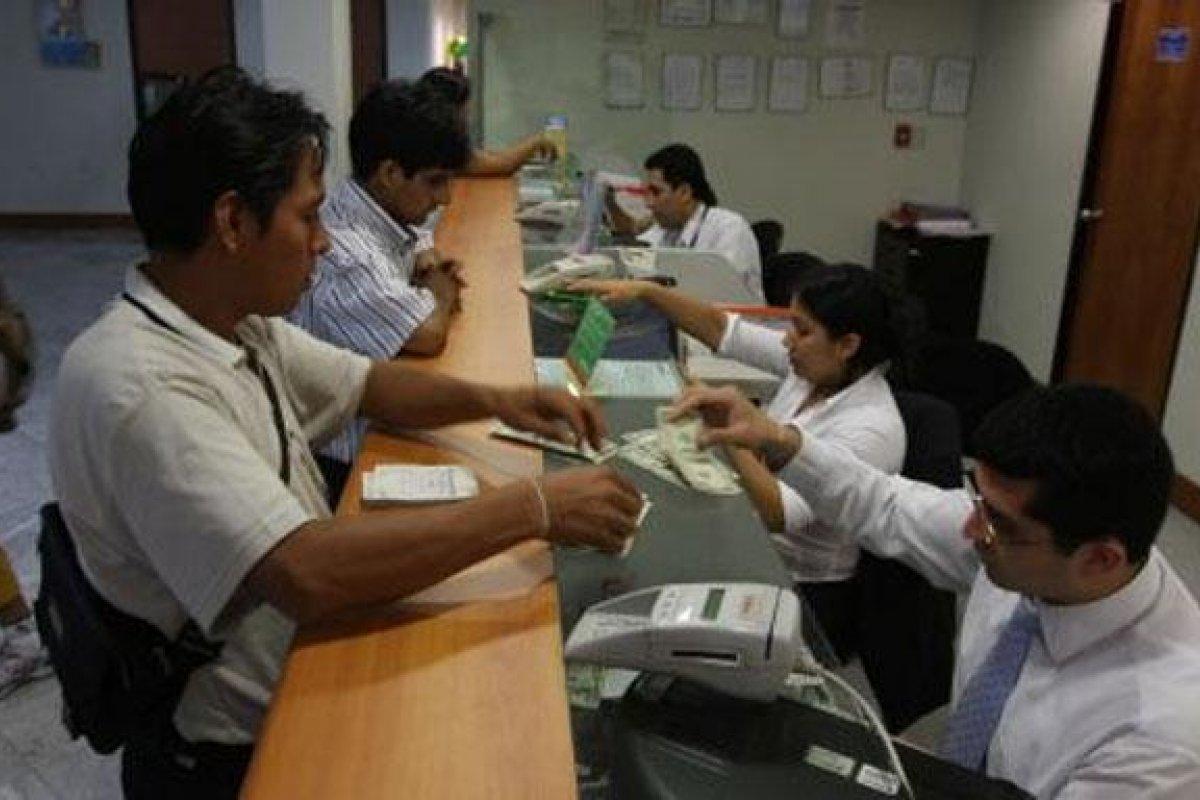 En México sólo el 2.5% de la población que cuenta con ahorros formales invierte su dinero.