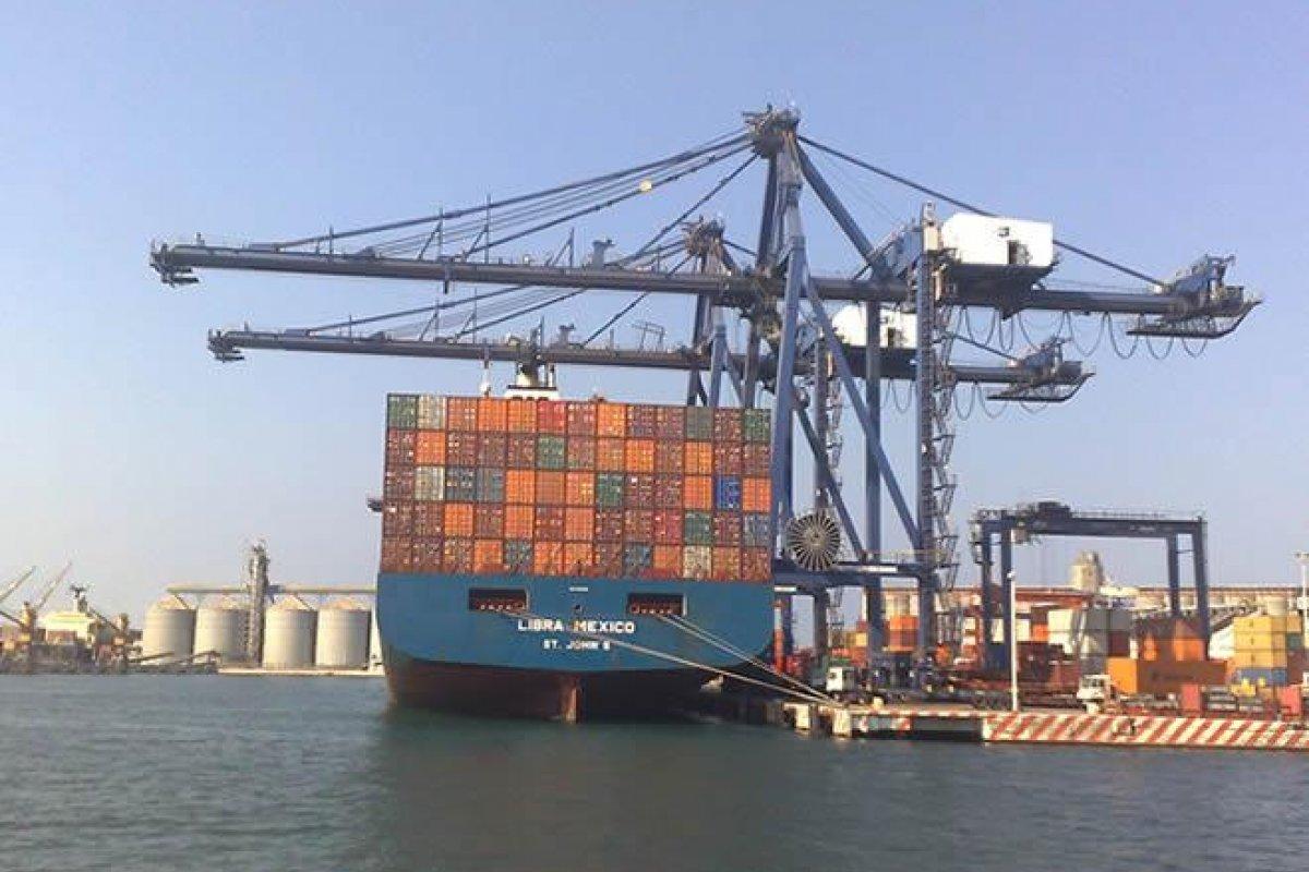 El puerto especializado que hoy se construye genera actualmente 2 mil 400 empleos directos.