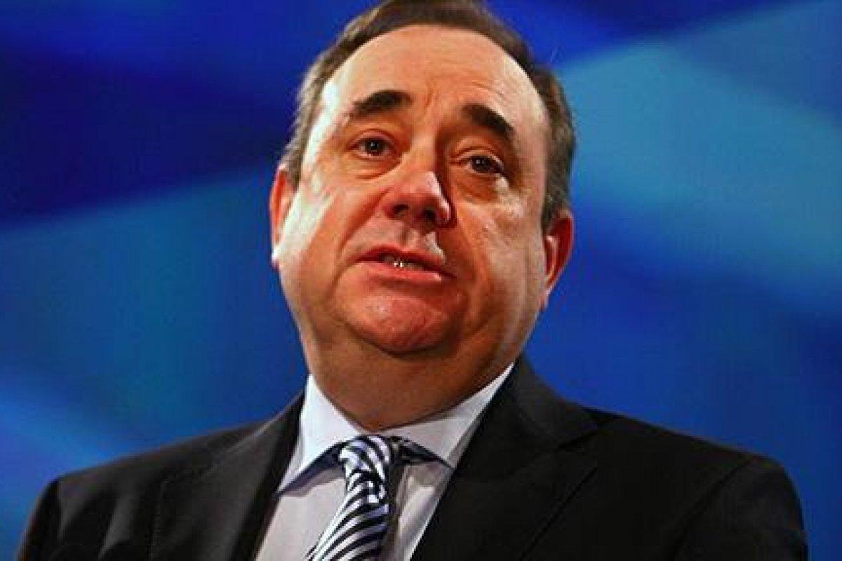 Antes de retirarse, el ex ministro escocés adelantó que el 27 de marzo de 2014 se realizará una segunda lectura de un proyecto de ley a favor de que el país obtenga más poder en materia fiscal.