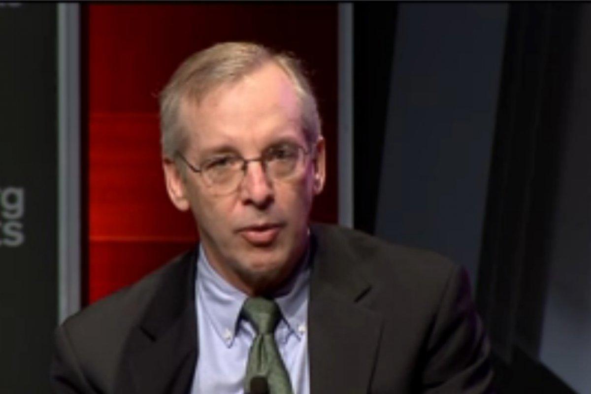 """""""Nosotros necesitamos que la economía se desenvuelva con un poco de calor por lo menos un periodo de tiempo más"""": Dudley"""