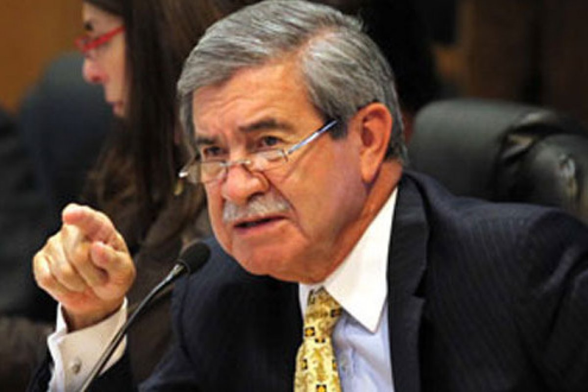 El auditor superior, Juan Manuel Portal, conminó a trabajar desde las instituciones establecidas, y no a esperar