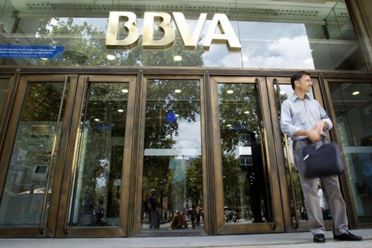 Bancomer registró 3 mil 887.9 millones de pesos más en utilidades durante el 2014.