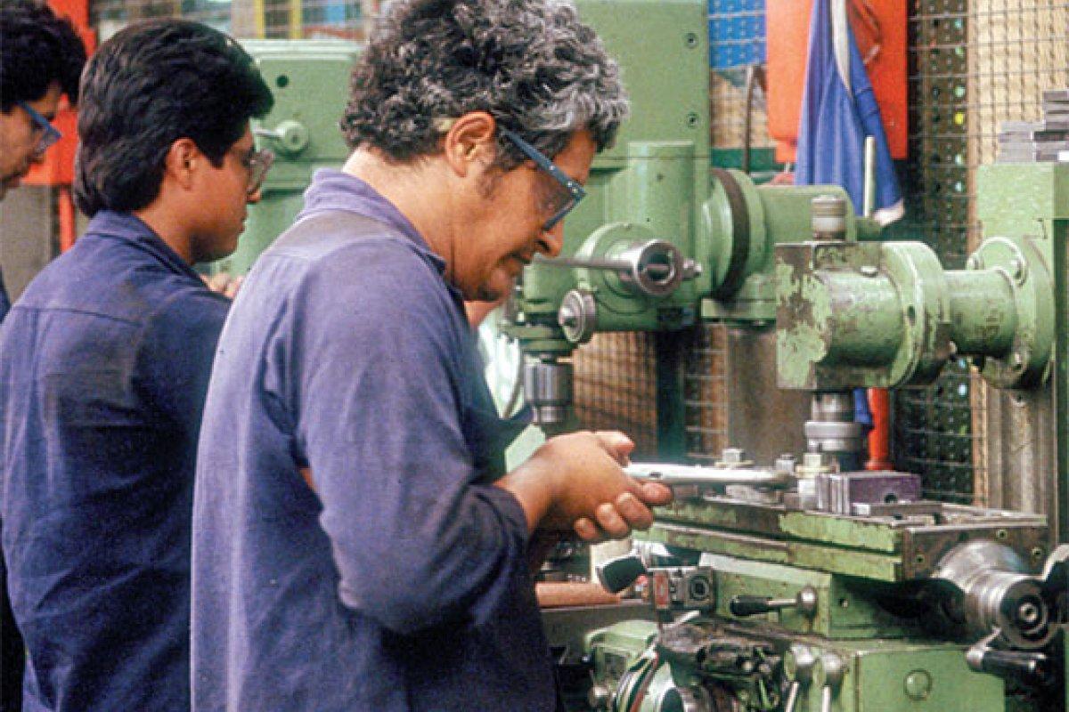 6.7 millones de mexicanos ganan un salario mínimo que actualmente no alcanza para cubrir sus necesidades básicas.