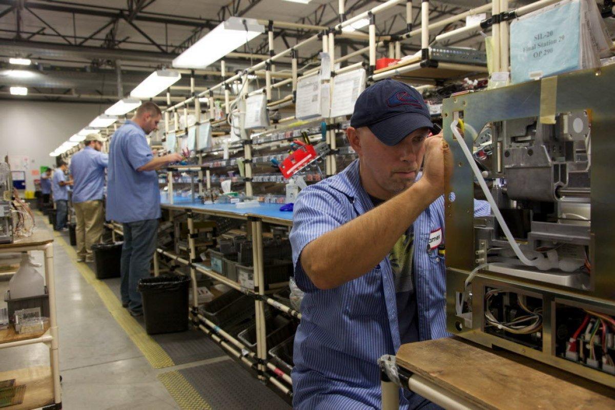Tres meses anteriores con niveles considerablemente altos del índice manufacturero podrían amortiguar caída de diciembre.