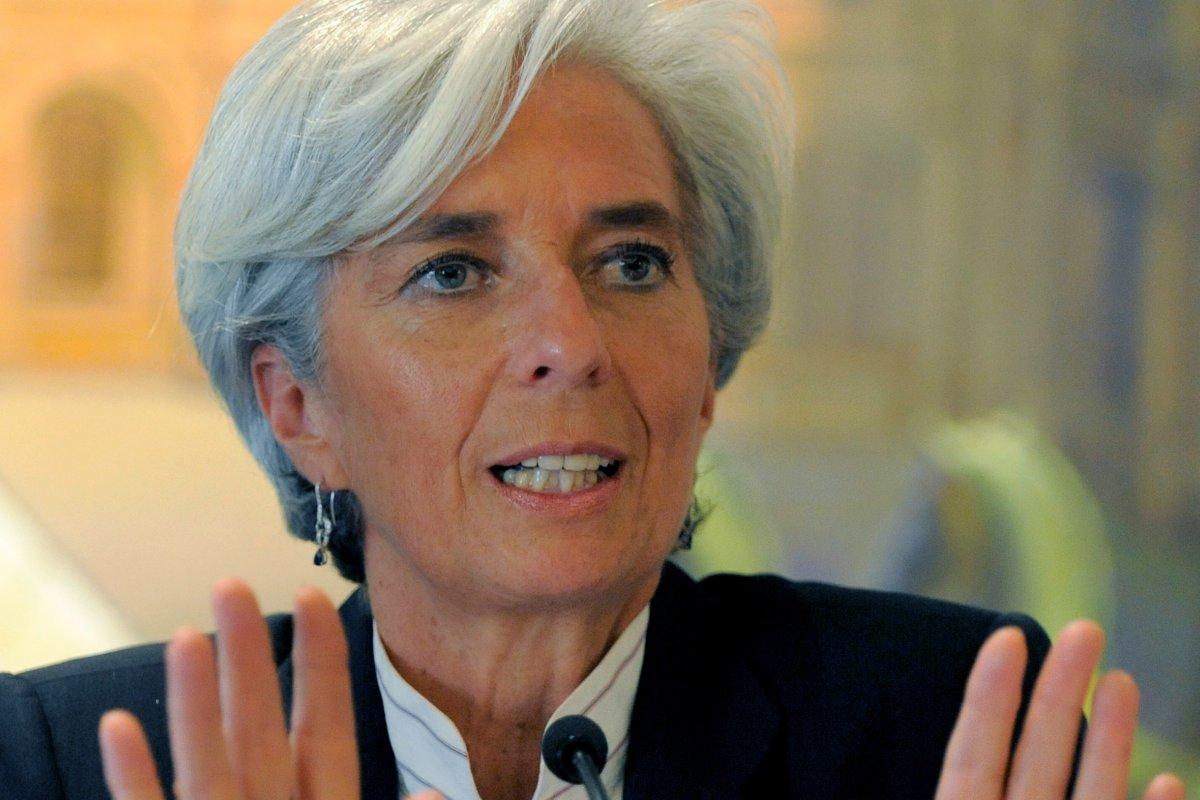 """Ante los desafíos que deberá enfrentar la economía global en el 2015, éste deberá ser el """"año de la acción"""", según Lagarde."""