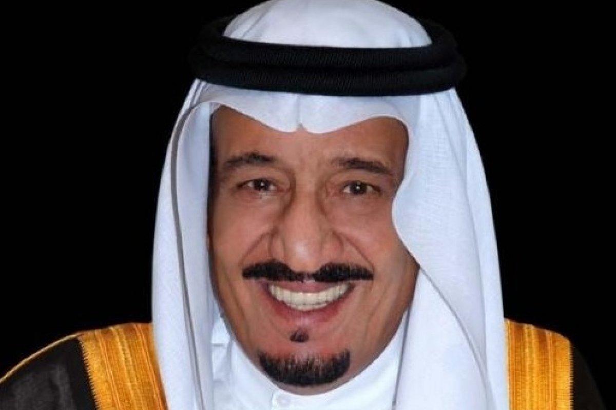 Arabia Saudita seguirá firma en su posición de no reducir la producción petrolera.