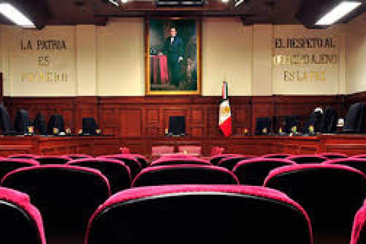 El presidente decidirá los reemplazos para los ministros Sergio Valls, Margarita Luna y Juan Silva Meza.