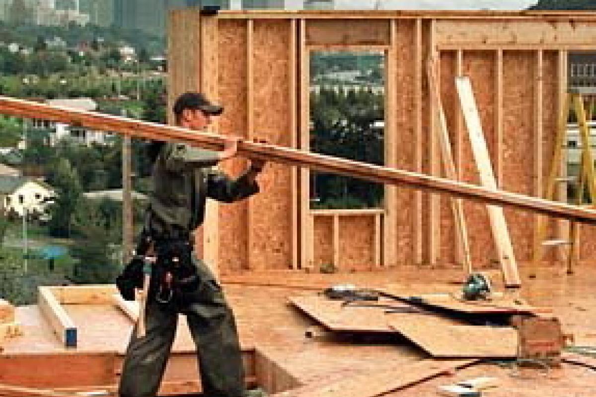 Bloomberg ve al frío como un factor a esta caída en la construcción de viviendas.