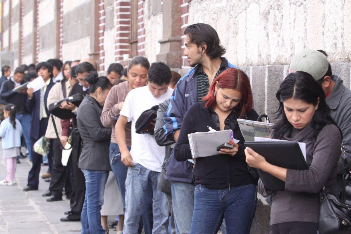 Los jóvenes son los más afectados por el desempleo con una tasa de 13.1%, el triple que la tasa general, según la OCDE.