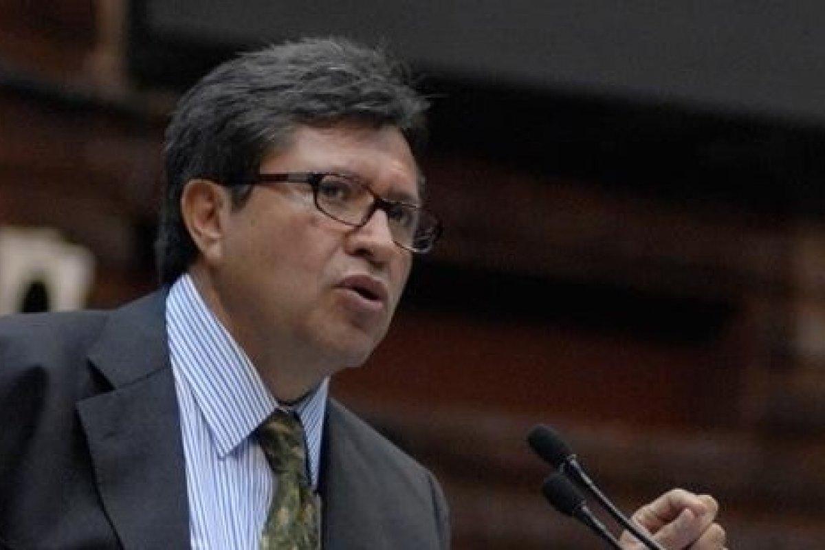 """""""Nosotros vamos por la transformación del país. No ganamos nada con tener un municipio, una delegación, hasta un estado; no sirve sino cambiamos de régimen,"""" dice Ricardo Monreal."""