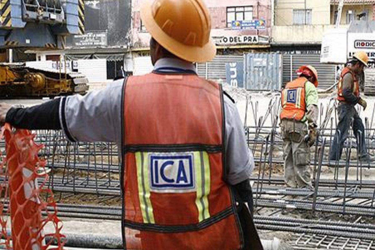 La constructora ICA ha sufrido una pérdida en la Bolsa de 51.2% en los últimos 8 meses, al día de hoy sus acciones se cotizan en 8.05 pesos por título y en diciembre del 2014 lo hacían en 18.19 pesos.