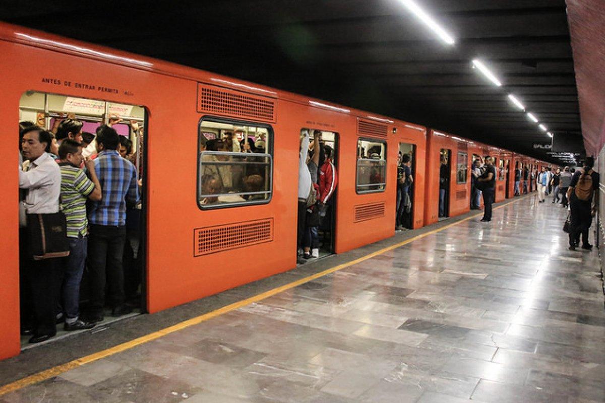 La capacidad de operación del metro es insuficiente.