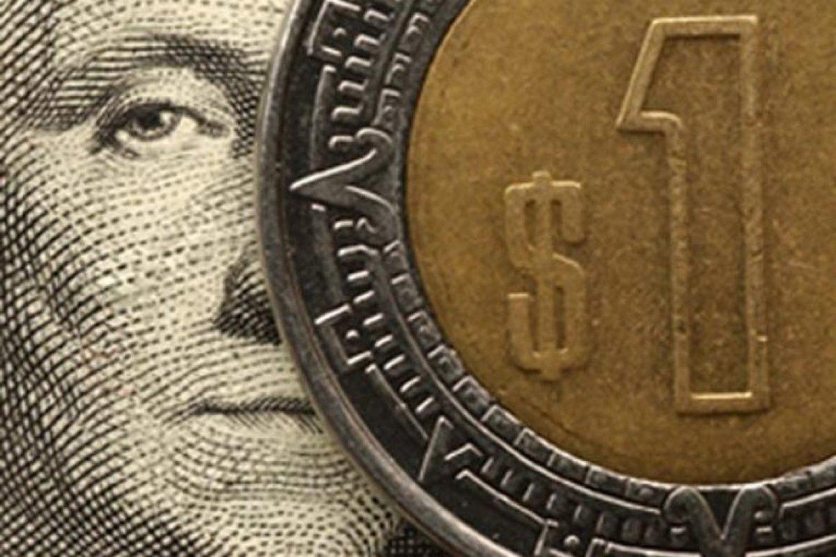 La reacción más adversa fue la tercera negociación entre el 23 y 27 de septiembre, el precio del dólar subió 38 centavos,