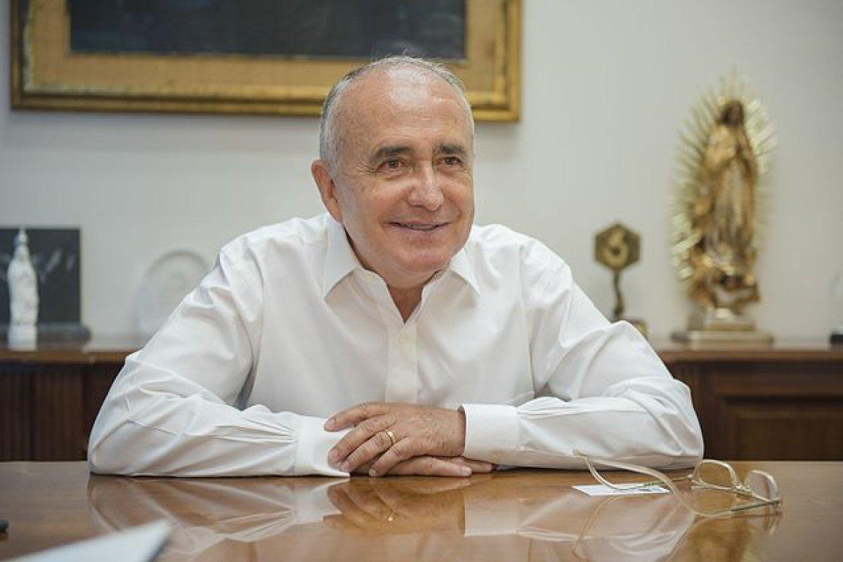Ferriz dice que el INE se toma 40 días para contar las firmas, para no haya derecho de réplica. Foto: wikicommons