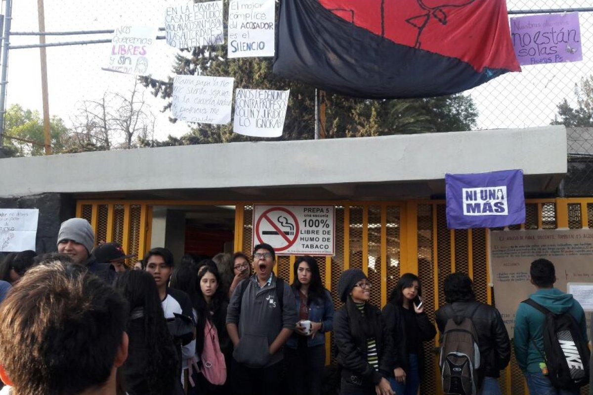 Foto: Estudiantes Prepa 5/Twitter @luismiguelbaraa