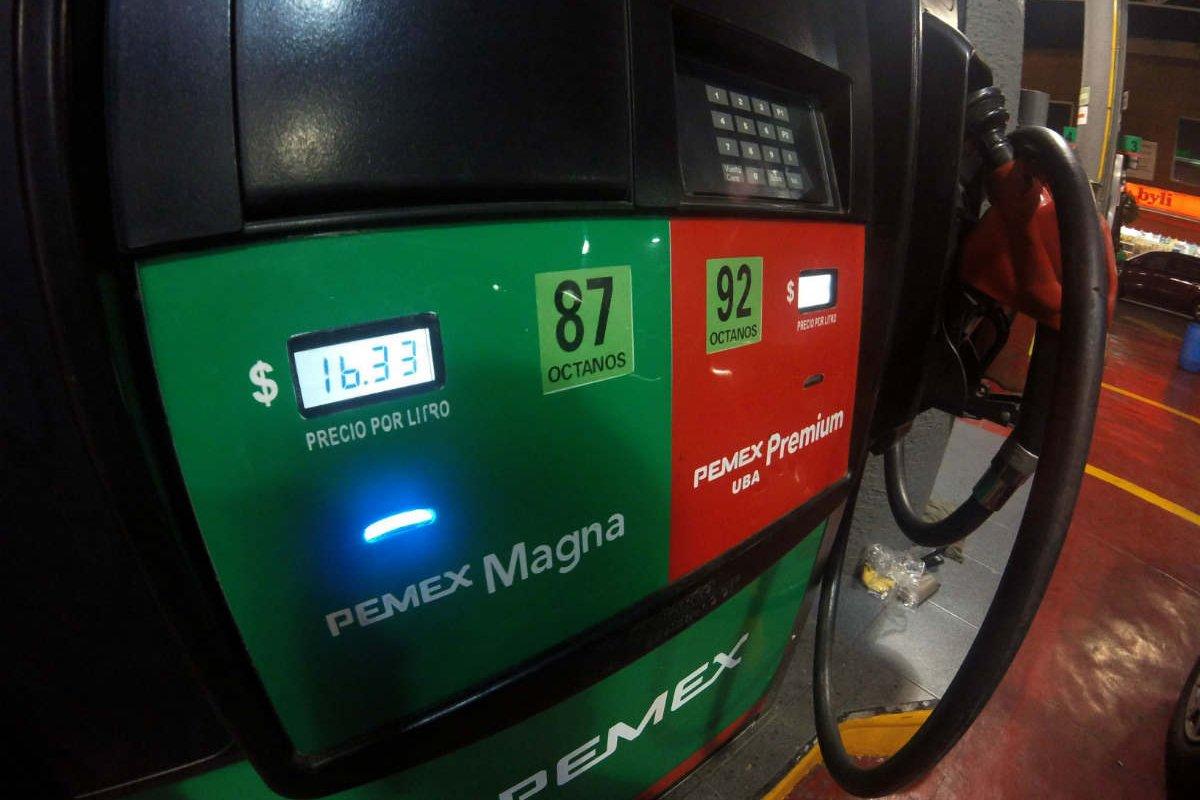 Foto: Gasolina alcanza los 20 pesos/Wikimedia Commons