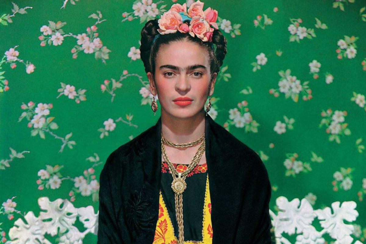 Foto: Frida Kahlo / Twitter @V_and_A