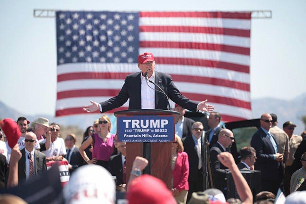 Los candidatos presidenciales enfrentan la posibilidad de por lo menos dos años más de Donald Trump (Foto: Gage Skidmore)