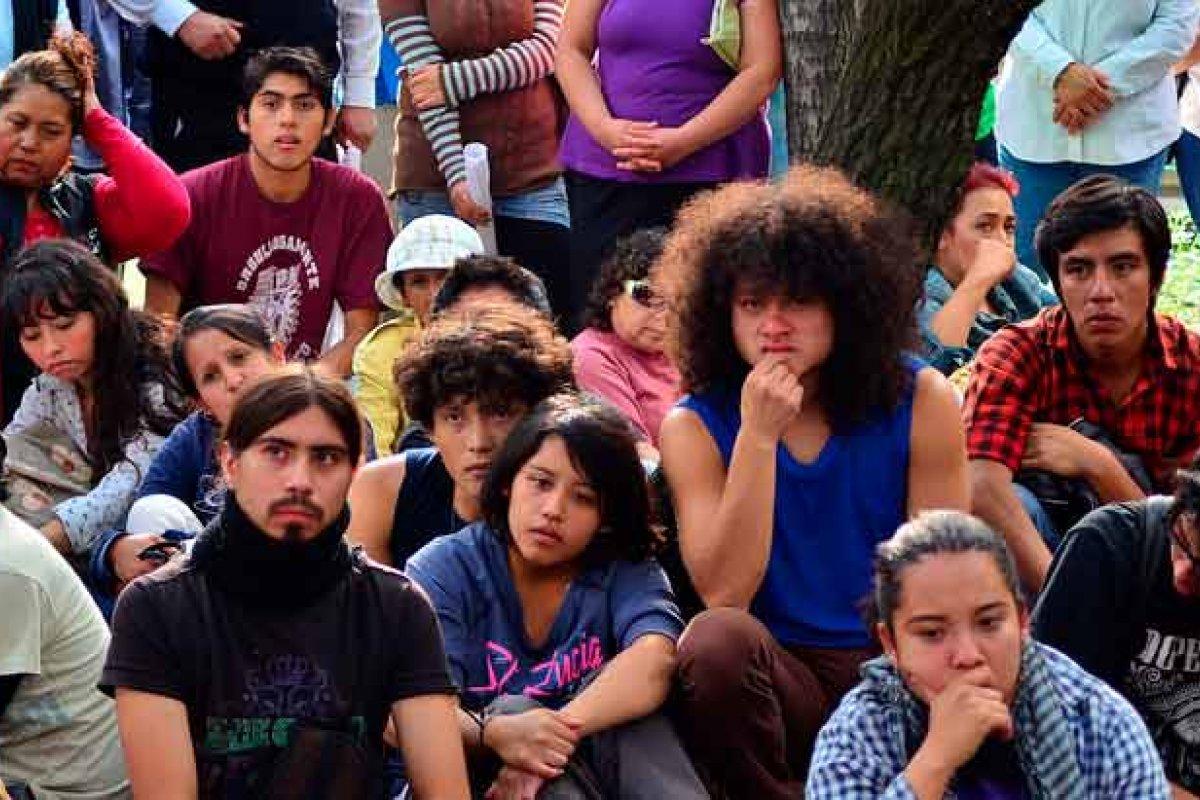 Después de su primer voto la participación política de los jóvenes decae. Foto: MaloMalverde
