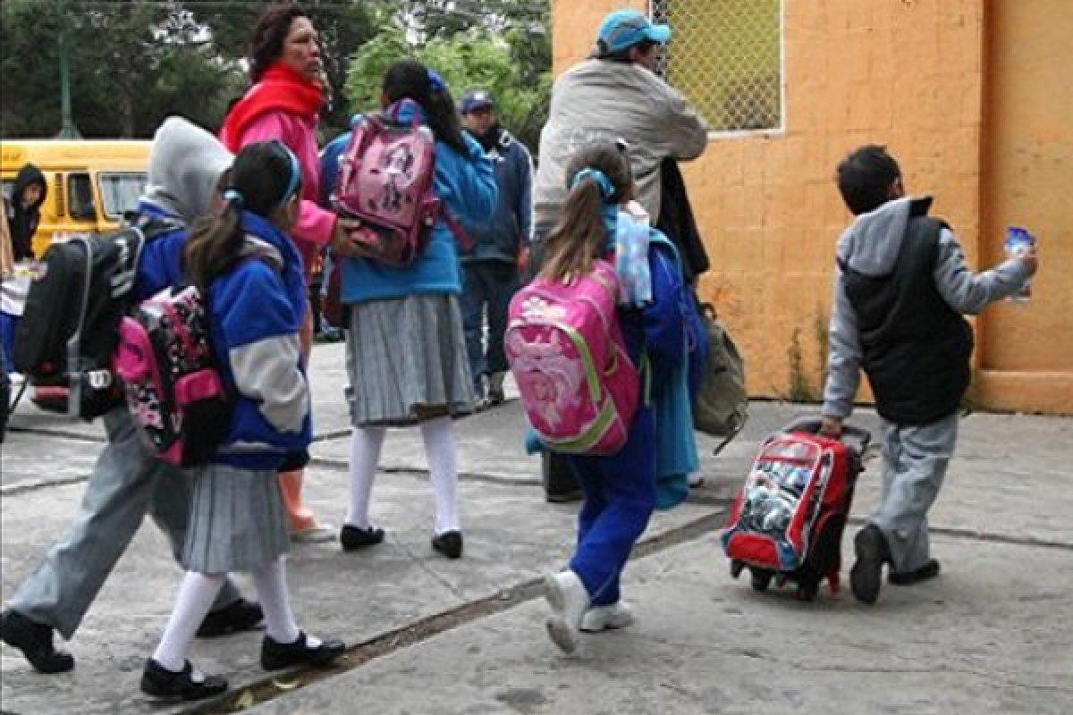 Toma precauciones este próximo lunes, regresan a clases más de 25 millones de alumnos en México.