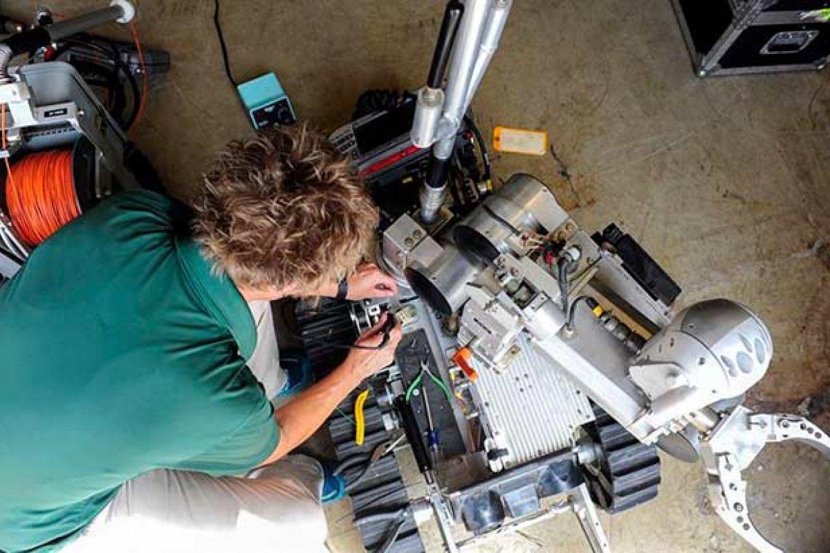 Los trabajadores jóvenes enfrentan mayor riesgo de automatización que sus mayores (Foto: Colby L. Hardin/Fuerza Aérea de Estados Unidos)