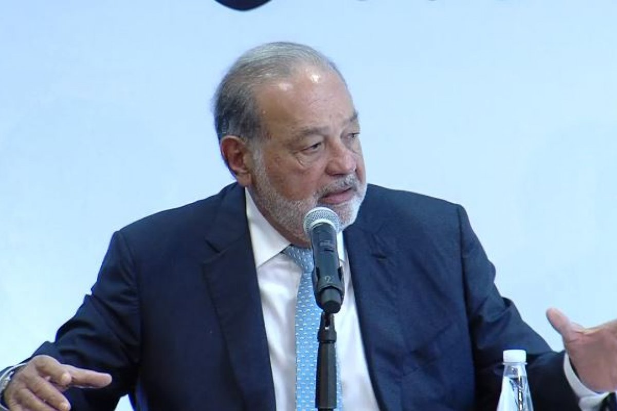 Carlos Slim, el hombre más rico de México, defendió la construcción del Nuevo Aeropuerto (NAICM)
