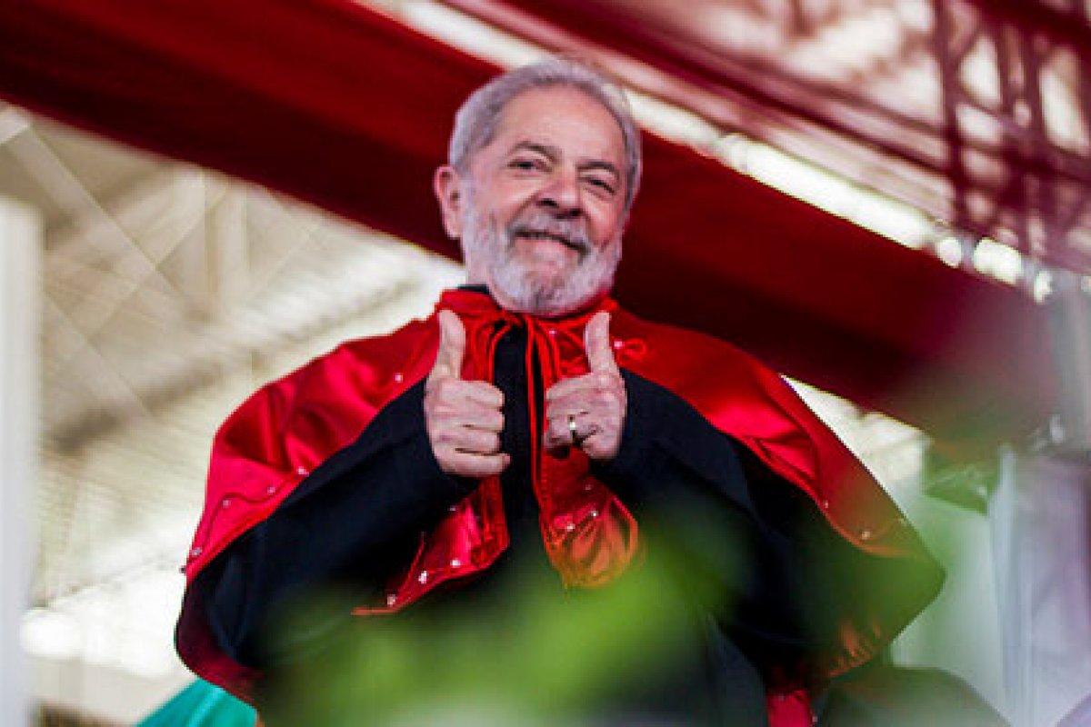 Las políticas de aumento en el gasto público iniciados por Lula en su mandato entre 2003 y 2011 fueron parte del problema económico que ahora Brasil debe resolver. Foto: Mídia Ninja (CC-BY-NC)