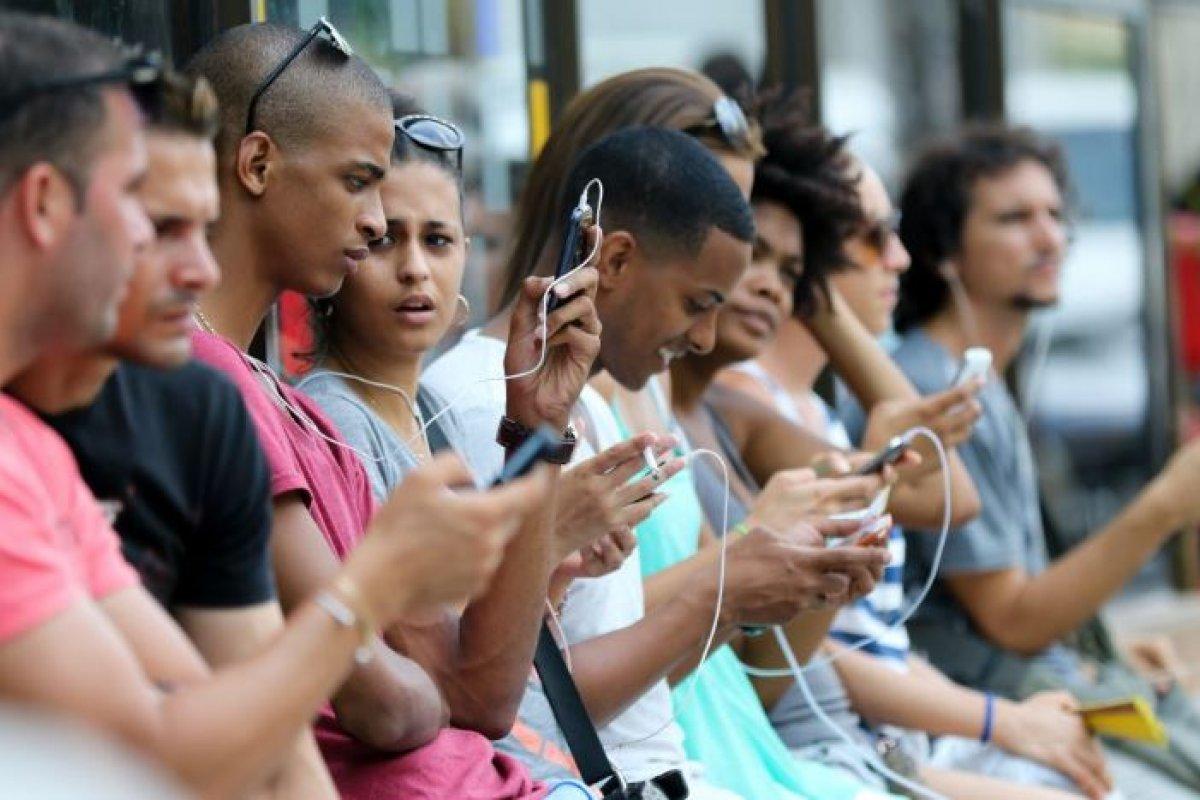 Parte de la obligaciones para dar internet en Cuba es que no se utilice un software con sistemas critográficos. Foto: Mediatelecom
