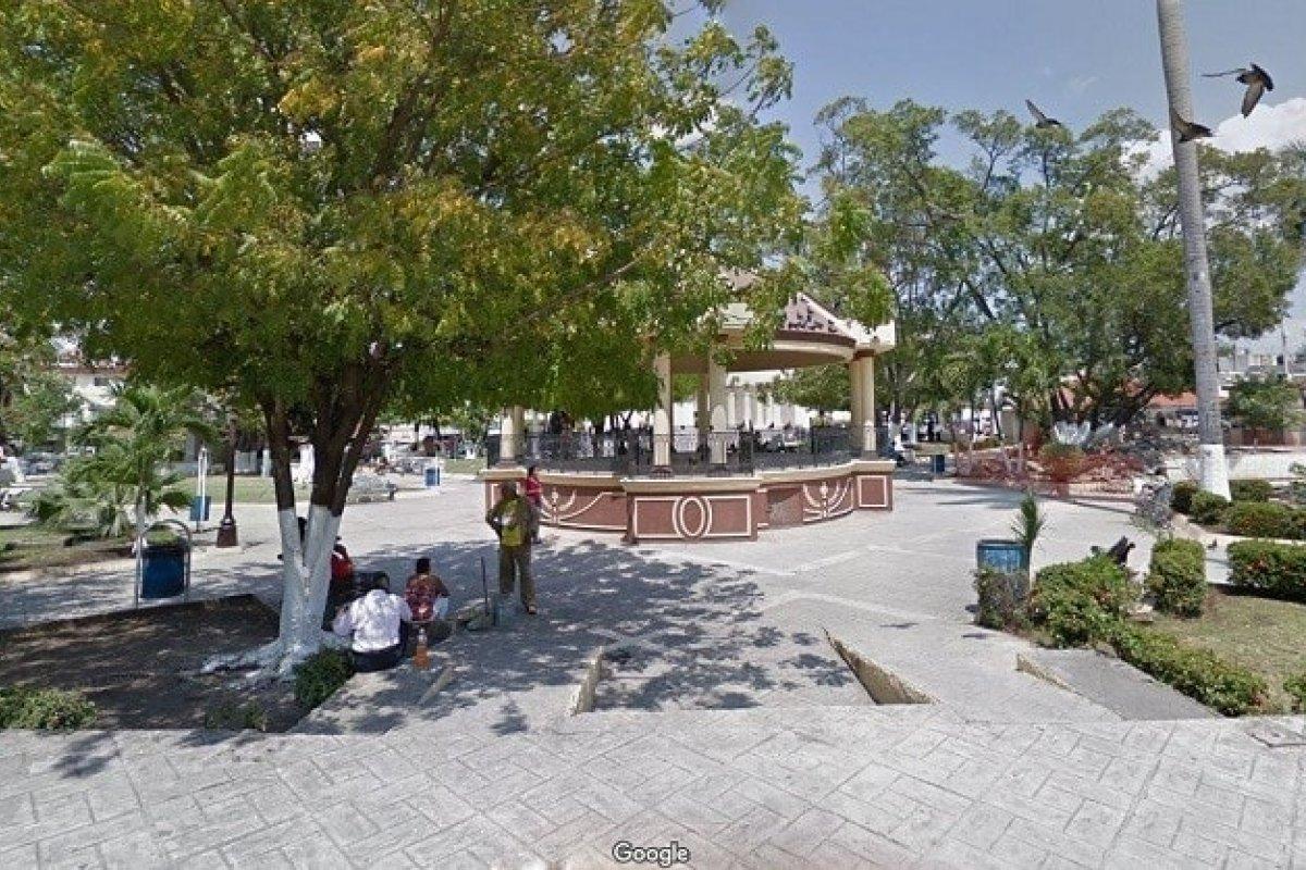 Plaza central de la pacífica Ciudad Mante. Vía Google Street View.