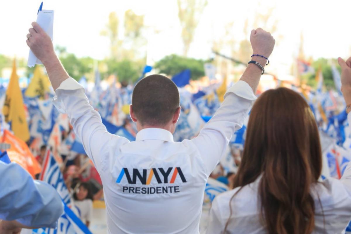 Anaya publicó en su twitter una fotografía cerrando su campaña electoral.