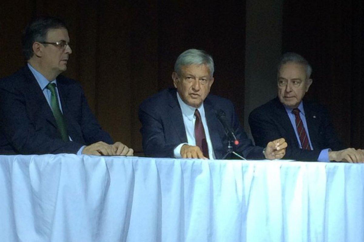 López Obrador anunció que será Marcelo Ebrard el nuevo titular de la SRE.